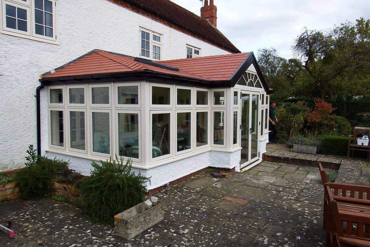 Lean To Hipped Conservatory With Gable Frontage Leka Systems